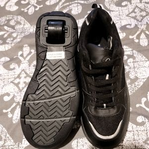 KIDS  ROLLIES SHOES NWT sizes 5&6